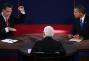 "Obama thắng tiếp Romney ""hiệp cuối"""