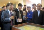 Gần 300 người Trung Quốc tới xem tư liệu về Hoàng Sa