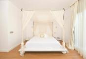 Ngon giấc với ý tưởng rèm treo giường ấn tượng