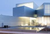 Khám phá Viện Triển lãm nghệ thuật khối đa giác xếp chồng