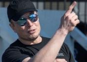 Nhà đầu tư lãi bao nhiêu nếu rót 1.000 USD mua cổ phiếu Tesla năm 2010?