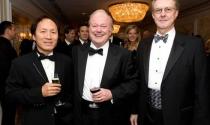 """Tỷ phú gốc Việt giàu bậc nhất tại Mỹ và những thương vụ từng gây """"chấn động"""" phố Wall"""