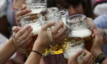 Bán bia cho người dưới 18 tuổi là lỗi tày đình, phạt 1 triệu đồng là quá nhẹ