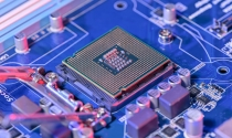 Bị Mỹ đe dọa đưa vào danh sách đen nhà sản xuất chip lớn nhất Trung Quốc bốc hơi 20% giá trị