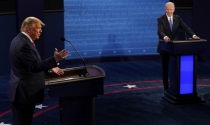 Những hình ảnh về cuộc 'đối đầu' trực tiếp cuối cùng Trump - Biden