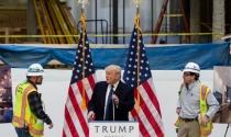 Tổng thống Donald Trump làm giàu từ bất động sản như thế nào?