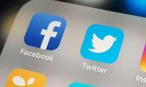 Facebook, Twitter làm 'người gác cổng' trong bầu cử Mỹ