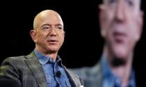 """Jeff Bezos giải quyết """"nỗi ám ảnh"""" về khách hàng như thế nào?"""