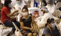 Nhiều nước tặng tiền, thẻ, xổ số để khuyến khích người dân tiêm vaccine ngừa Covid-19