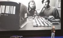 """Steve Jobs và trái táo cuộc đời - Kỳ 2: Cậu sinh viên """"học ké"""""""