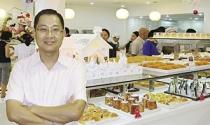 Lý Quí Trung bán phở mua bánh!