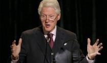 """Bill Clinton """"bội thu"""" nhờ diễn thuyết"""