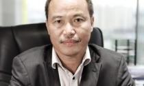 Nguyễn Xuân Quang: Nhờ ngoại lực nhấc mình lên
