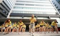 Sếp Việt nhảy flashmob cùng nhân viên