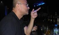 Gặp Hà Dũng đi bar: 'Tôi đã bán 7 biệt thự, 25 chiếc xe hơi'