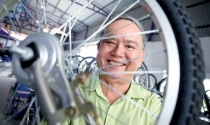 Ông Nguyễn Tiến Toàn, Giám đốc Công ty xe lăn tay Kiến Tường: An nhiên lăn trên bánh xe cuộc đời
