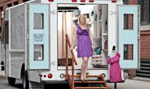 Tiệm quần áo trên xe tải