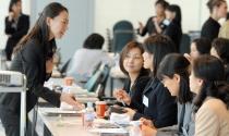 Phụ nữ nắm chìa khóa hồi sinh kinh tế Nhật