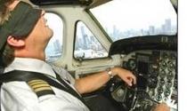 Tin sốc: Phi công ngủ khi đang lái máy bay đầy khách