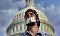 Chính phủ Mỹ đóng cửa, Trung Quốc hưởng lợi