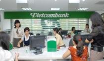 Nhân viên Vietcombank có 'ra đường' nhiều như ACB?