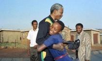 Điều gì làm nên một Nelson Mandela phi thường?