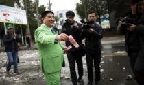 Bị New York Times từ chối, tỷ phú Chen chuyển sang Wall Street Journal
