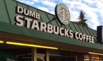 Cửa hàng Starbucks nhái nườm nượp khách