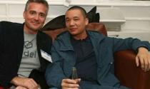 Nguyễn Hà Đông dự tiệc trên du thuyền tại Mỹ