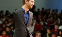 Phỏng vấn trực tuyến Nick Vujicic