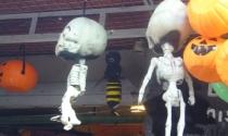 Thị trường Halloween: 'ma cũ', giá mới