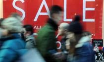 """Các thương hiệu bán lẻ ở Anh sẵn sàng xả hàng cho """"Boxing Day"""""""