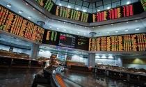 Cổ phiếu AirAsia mất giá hơn 7% một ngày sau vụ máy bay mất tích