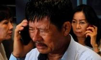 Máy bay AirAsia mất tích: Người thân của hành khách đang hoảng loạn