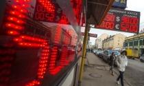 Standard & Poor's xem xét khả năng hạ xếp hạng tín dụng của Nga