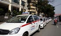 Hàng trăm hãng taxi đồng loạt giảm cước