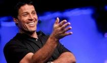 Bí quyết làm giàu nhanh của Tony Robbins