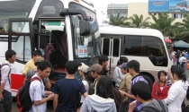 TPHCM: Giá vé xe khách dịp lễ 30.4 tăng 20 - 40%