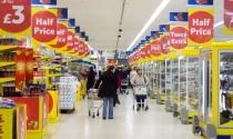Anh: Tập đoàn bán lẻ khổng lồ Tesco thông báo mức lỗ kỷ lục
