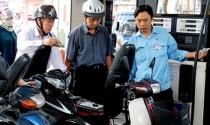 Từ 15h30 chiều nay: Giá xăng giữ nguyên, dầu diesel giảm 19 đồng/lít