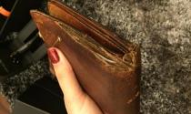 Doanh nhân sở hữu 4 ô tô 10 năm dùng chiếc ví rách nát