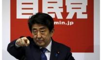 Nhật thoát nguy cơ suy thoái kinh tế