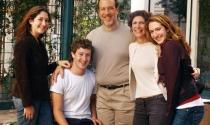 Bố mẹ ông chủ Facebook dạy con thành tài như thế nào