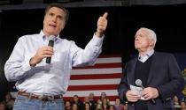 Mitt Romney, John McCain: Ông Trump gây nguy hiểm cho Mỹ