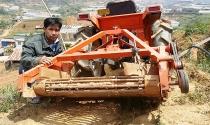 Máy đào khoai tây đa năng của anh nông dân lớp 8