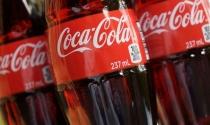13 sản phẩm Coca Cola bị tạm dừng lưu thông: Được ưu tiên ký giấy chứng nhận gấp