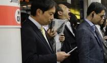 """Tỷ lệ thất nghiệp thấp không phải """"niềm vui"""" của Nhật Bản"""