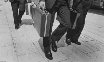 Đàn ông ngoài 30 chọn sự nghiệp hay tình yêu?