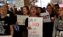 Dòng tiền ủng hộ đổ về tổ chức bảo vệ quyền của người nhập cư Mỹ