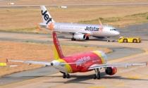Áp giá sàn vé máy bay: Giết chết tính cạnh tranh của thị trường